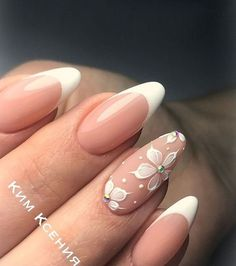 70 Trendy Spring Nail Designs are so perfect for this season 2019! Hope they can inspire you and read the article to get the gallery. #SpringNails #JeweNails
