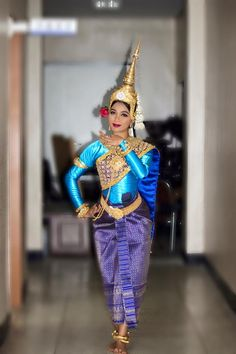 1 Century, Angkor Wat Cambodia, Khmer Empire, Balinese, Traditional Outfits, Thailand, Dancer, The Past, Culture