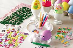 Ovos decorados para deixar o espaço das crianças ainda mais divertido e em clima de Páscoa. Invista neles!