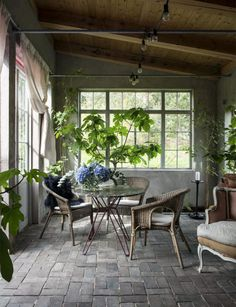 [New] The 10 Best Home Decor Today (with Pictures) - The orangery of designer published in . What a calm place . Outdoor Spaces, Outdoor Living, Outdoor Decor, Home Greenhouse, Gravity Home, House Plant Care, Interior Decorating, Interior Design, Patio