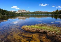 Mirror Lake in the Uinta Mountains in Utah.  So beautiful.  Picture by TomHancks on Flickr.
