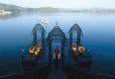 Taj Lake Palace - UDAIPUR - INDIA