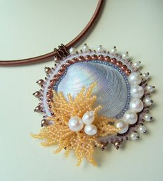 artbeads ' Sea treasures  ' bead embroidered pendant by Sunny1167, €35.00
