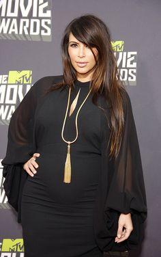 Pregnant Kim Kardashian Heats Up the Red Carpet at the MTV Movie Awards