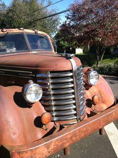 a neighborhood find! Detroit Diesel, Ford Parts, Antique Trucks, Classic Trucks, Cool Trucks, Rigs, Restore, Tractors, Monster Trucks