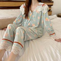 Cute Sleepwear, Sleepwear Women, Japan Fashion, Kawaii Fashion, Tomboy Fashion, Fashion Outfits, Ulzzang, Korean Fashion Trends, Kawaii Clothes