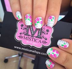 Flower nails Flower Nails, Projects To Try, Nail Designs, Nail Art, Flowers, Ideas, Art Nails, Beauty, Florals