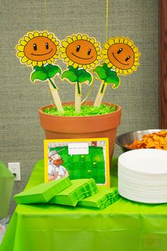 Sunflower table decorations