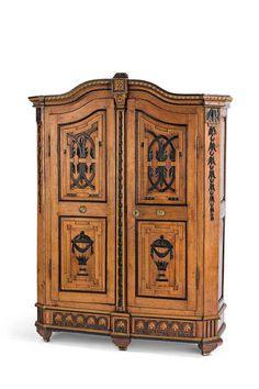 Augsburger Intarsienkabinettschrank | Cabinet | Pinterest | Schatullen,  Vintage Möbel Und Truhe