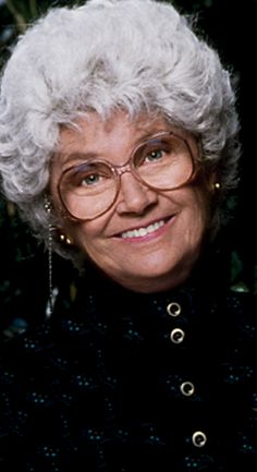"Estelle Getty, July 2008 (natural causes). She was an actress & was on ""The Golden Girls"" as Dorothy's mother, Sophia. Golden Girls, Estelle Getty, Celebrity Deaths, Betty White, Star Wars, Thanks For The Memories, Famous Women, Famous People, Before Us"