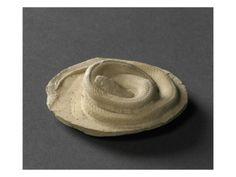 Plaque décorée: serpent lové par BERNARD PALISSY - Musée national de la Renaissance (Ecouen)