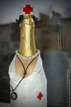 #Врач. #декор бутылки - белый,декор бутылки,врачу,подарок врачу,персональный подарок