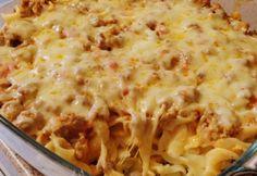 Sajtos tészta gazdagon Glasertől | NOSALTY My Recipes, Pasta Recipes, Hungarian Recipes, Hungarian Food, Ravioli, Winter Food, Lasagna, Love Food, Macaroni And Cheese