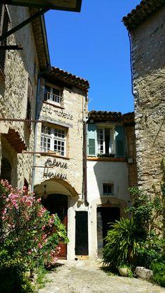 Saint Paul de Vence. Street. Provence.