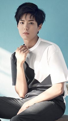 korean actor and park bo gum image Asian Actors, Korean Actors, Dramas, Park Bo Gum Wallpaper, Male Pose Reference, Park Bogum, Park Hyung, Song Joong, Little Girls