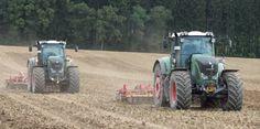 Som den første traktorproducent kan Fendt fremvise to eksemplarer af Fendts 900-serie, hvor alle funktionerne på begge traktorer kan styres fra den ene traktor.