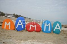 Mamma, italian name of mother on colourful stones