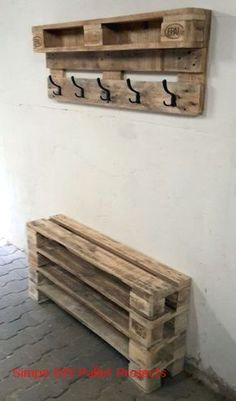 Garderobe Diy 9 great DIY furniture made from pallets 9 great DIY furniture made from pallets # Diy Projects Garage, Wooden Pallet Projects, Wooden Pallets, Pallet Ideas, Wooden Diy, Woodworking Projects, Pallet Wood, Woodworking Plans, Outdoor Pallet