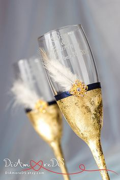 Gold champagne glasses white feather bride and groom от DiAmoreDS