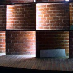 Eladio Dieste brick light