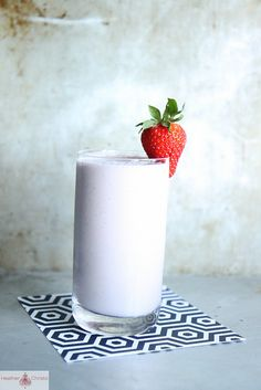 """Strawberry Cashew Milkshake, makes 1 juice (nightly """"dessert"""")  ½ cup cashews (or blanched almonds)  1 cup water  1 tsp agave nectar  ½ tsp vanilla paste  pinch cinnamon  3 strawberries  handful of ice cubes    Soak the cashews 1 hour in the water to get soft.    Blend all ingredients in a blender until frothy."""