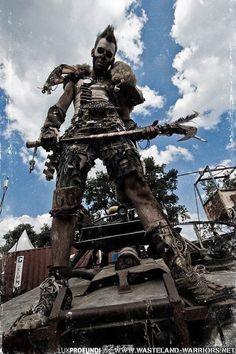 Fallout Cosplay / Wasteland Warrior Raider Survivor / Post Apocalyptic / Cosplay Photography // ♥ More at: https://www.pinterest.com/lDarkWonderland/