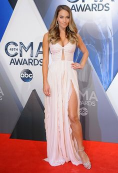 Hannah Davis Flaunts Her Huge Engagement Ring from Derek Jeter on the CMAs Red Carpet — See the Pics!