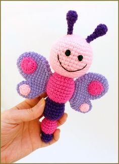 kreálmányok: pillangó, kukac és méhecske csörgő / butterfly, wo...