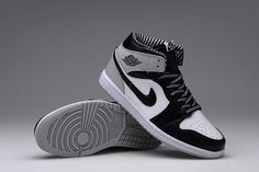 e98bbf02c69bde Nike Air Jordan I 1 Retro Mens Shoes Leather Black Grey 555088 104