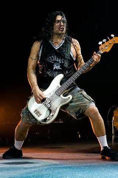 Photo of Robert Trujillo for fans of Robert Trujillo 29468964 Heavy Metal Music, Heavy Metal Bands, Hard Rock, James Hatfield, Robert Trujillo, Ride The Lightning, Thrash Metal, Music Icon, Metalhead