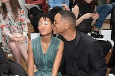 Like stylish father, like daughter: Willow Smith proved exactly why as she made a bold sty...