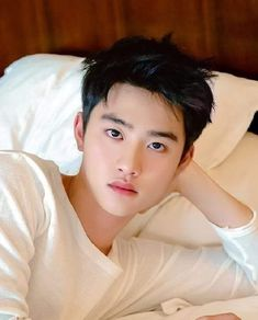 I miss him 💔💔😭😭 Kyungsoo, Kaisoo, Chanyeol, Do Kyung Soo, I Miss Him, Handsome Boys, Pretty Boys, First Love, Photoshoot