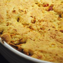 This one-pot BBQ chicken cornbread is delicious and full of iron to help reduce a common cancer treatment side effect: fatigue. #healthyrecipes #cancer #endcancer