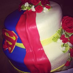 half superman wedding cake 1000 ideas about superman wedding cake on 15052