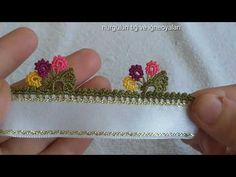 Crochet Flower Tutorial, Knitted Flowers, Creative Embroidery, Baby Knitting Patterns, Flower Patterns, Free Crochet, Needlework, Free Pattern, Diy And Crafts