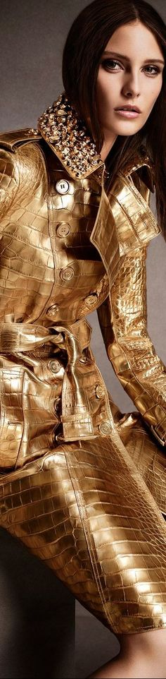 Gorgeous gold coat from Burberry.