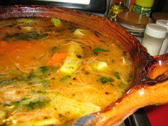 Sopa de Fideos con Pollo... fácil y muy sabrosa.