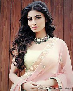 Shivani Surve, Shivani Tomar, Mauni Roy, Dulhan Mehndi Designs, Indian Ethnic Wear, Celebs, Celebrities, Girls Image, Latest Pics