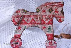 Декор предметов Новый год Декупаж Лошадки Шоколадные пряники с сахарной пудрой Картон Краска Салфетки фото 7