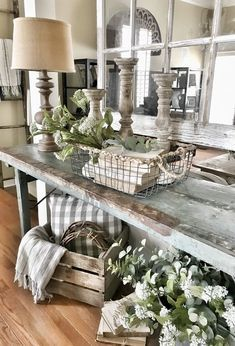 33 Wonderful Elegant Modern Farmhouse Living Room Decor Ideas And Makeover. If you are looking for Elegant Modern Farmhouse Living Room Decor Ideas And Makeover, You come to the right place. Modern Farmhouse Living Room Decor, Country Farmhouse Decor, Home Living Room, Farmhouse Ideas, Vintage Farmhouse, Farmhouse Design, Modern Living, Rustic Bedrooms, Shabby Chic Farmhouse