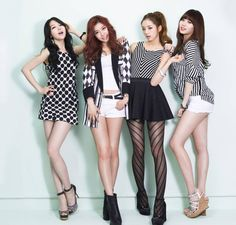Girl's Day (걸스데이) is a 4 member Korean pop girl group who debuted in 2010 under DreamT Entertainment. The group consists of four members whose names are Sojin, Minah, Yura and Hyeri.