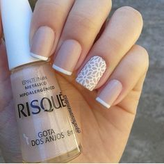 Nails: French style manicure with flowers Shellac Nails, Nail Manicure, Toe Nails, Nail Polish, Perfect Nails, Gorgeous Nails, French Nails, Romantic Nails, Bride Nails