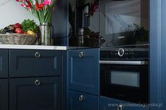 Mój dom, czyli jak się urządziłam – Dorota Szelągowska, Blog Doroty Szelągowskiej Kitchen Cabinets, Kitchen Appliances, Modern Decor, Living Room Decor, House Styles, Gardens, Decorations, Home Decor, Fashion