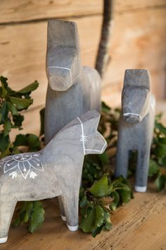 Handbemalte Dalapferdchen aus Holz Home Fashion, Inspiration, Trends, Home Decor Accessories, Timber Wood, Deco, Gifts, Biblical Inspiration, Inspirational