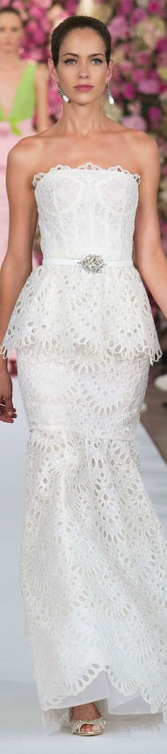 Oscar de la Renta Spring 2015 RTW - LOVE the length. For a particular woman in a particular wedding, this might do nicely. Black White, White Lace, White Gowns, White Dress, Strapless Dress Formal, Formal Dresses, Wedding Dresses, Glamour, White Fashion
