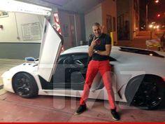 Real Madrid attacker Karim Benzema at Miami with a rented Lamborghini Avantador