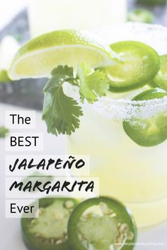 the best jalapeño margarita ever Looking for a delicious cocktail to serve at your next party? This easy spicy margarita recipe is just the perfect mix of sweet & jalapeño. Jalepeno Margarita Recipe, Pitcher Margarita Recipe, Easy Margarita Recipe, Margarita Recipes, Margarita Party, Margarita Cocktail, Cocktail Recipes, Fancy Drinks, Yummy Drinks