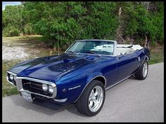 1968 Pontiac Firebird Convertible 400 CI, Automatic presented as lot W395 at Indianapolis, IN 2012 - image1