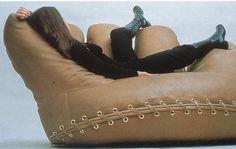 Joe Lounge Chair by De Pas, D'Urbino & Lomazzi #Chair #Joe_Lounge_Chair #DePas #DUrbino #Lomazzi