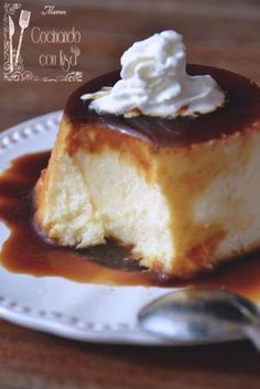 Cooking with Kisa: Flan of mascarpone cheese (traditional form) Great Desserts, Delicious Desserts, Dessert Recipes, Yummy Food, Mexican Food Recipes, Sweet Recipes, Yummy Treats, Sweet Treats, Flan Recipe